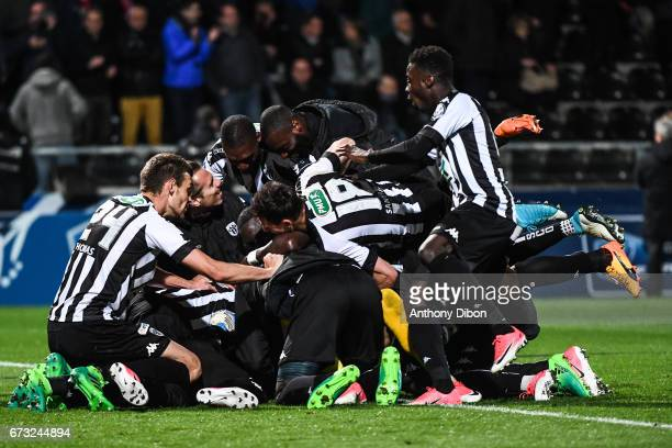 Team of Angers celebrates the victory with Alexandre Letellier goalkeeper of Angers during the Semi final of the French Cup match between Angers and...