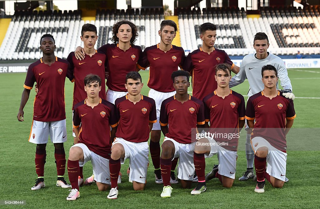 Team of AS Roma prior Finale U15 Professionisti between AS Roma and Atalanta Bergamasca Calcio at Dino Manuzzi Stadium on June 28, 2016 in Cesena, Italy.