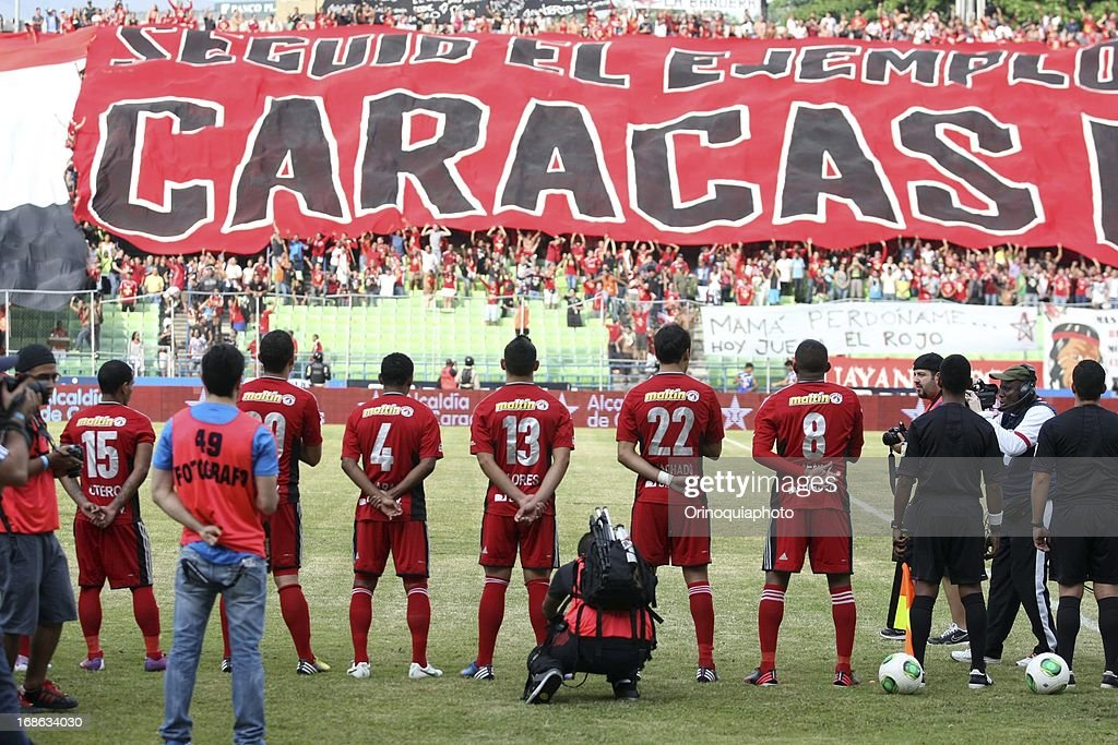 Team of Caracas FC pose for a photo during a match between Caracas FC and Deportivo Tachira as part of the Torneo Clausura 2013 at Olympic stadium on May 12, 2013 in Caracas, Venezuela.