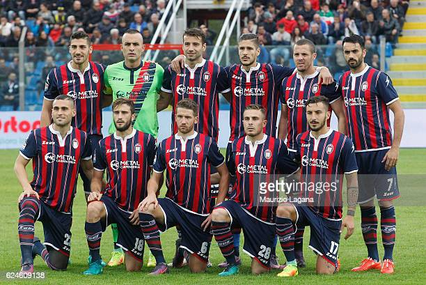 Team of Crotone pose for photo prior the Serie A match between FC Crotone and FC Torino at Stadio Comunale Ezio Scida on November 20 2016 in Crotone...