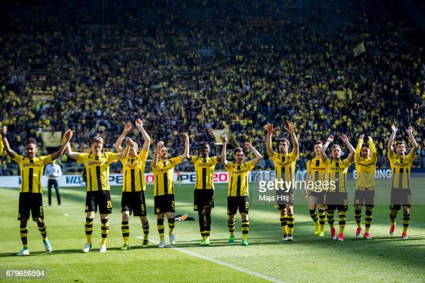 Team of Dortmund celebrates after the Bundesliga match between Borussia Dortmund and TSG 1899 Hoffenheim at Signal Iduna Park on May 6 2017 in...