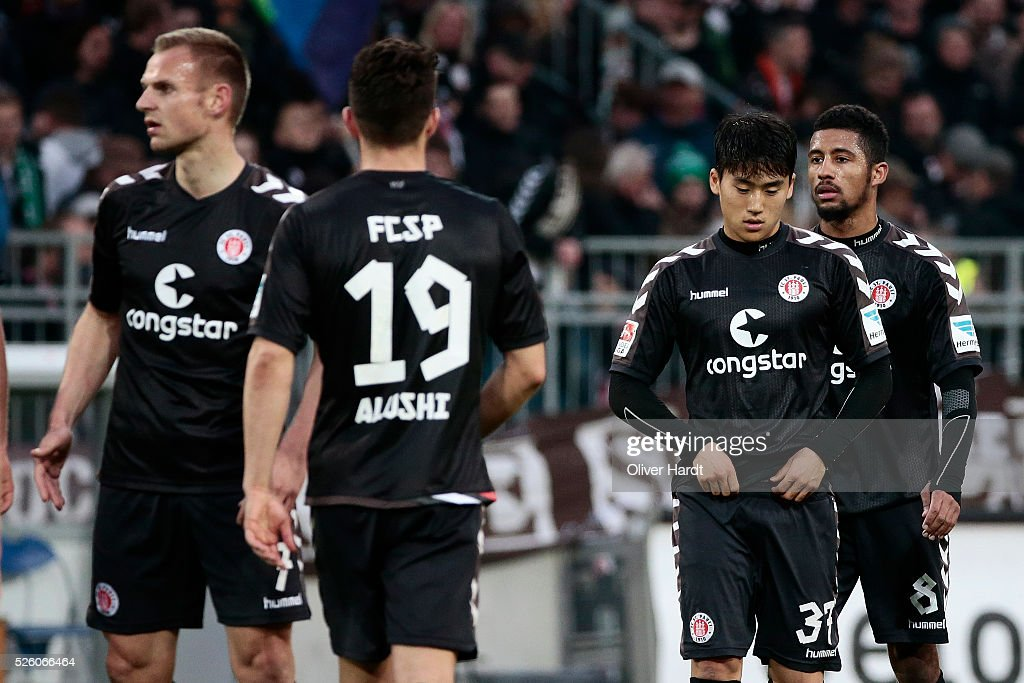 Team of Hamburg appears frustrated after the Second Bundesliga match between FC St. Pauli and 1860 Muenchen at Millerntor Stadium on April 29, 2016 in Hamburg, Germany.