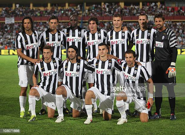 Team of Juventus FC pose before the pre season friendly match between Juventus FC and Olimpic Lyon at Stadio San Vito on July 24 2010 in Cosenza Italy