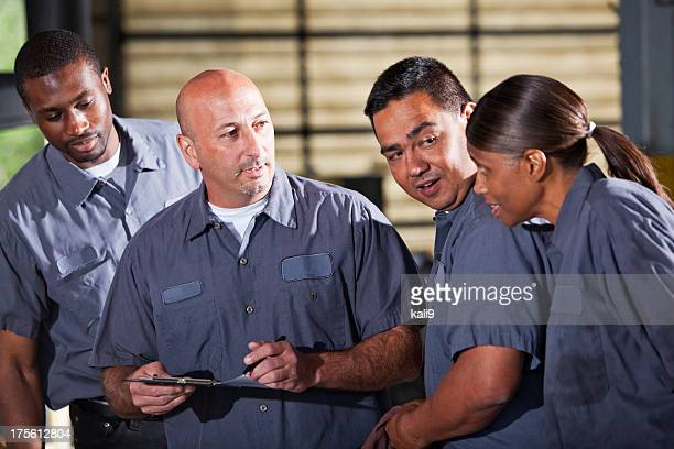 Team der Mechanik Blick in die Zwischenablage speichern