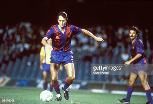 Team of the FC Barcelona in 1977 The soccer player Johan Cruyff