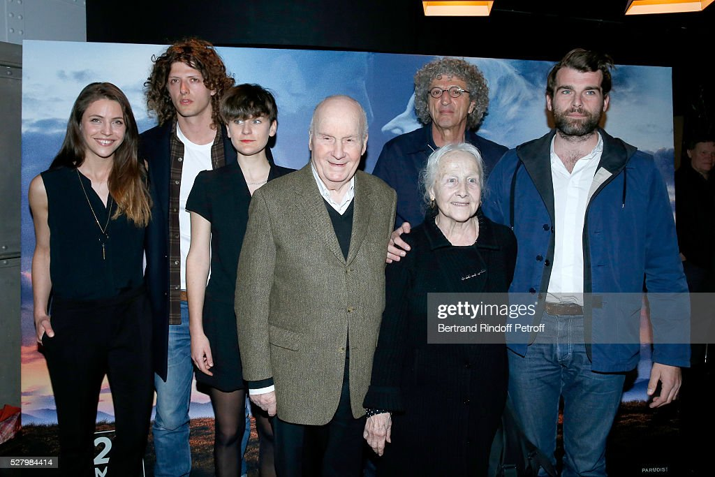 Team of the movie actors Romaine Cochet Cesar Chouraqui Jeanne Cremer Michel Bouquet Catherine Samie director Elie Chouraqui and actor Stanley Weber...