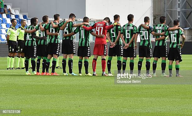 Team of US Sassuolo prior the Serie A match between US Sassuolo and Genoa CFC at Mapei Stadium Citta' del Tricolore on September 18 2016 in Reggio...