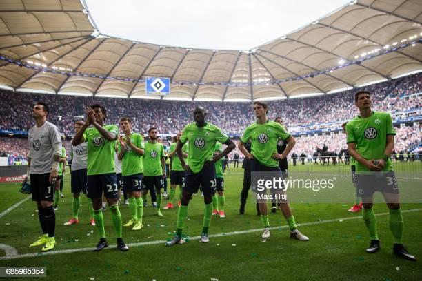 Team of Wolfsburg react after the Bundesliga match between Hamburger SV and VfL Wolfsburg at Volksparkstadion on May 20 2017 in Hamburg Germany