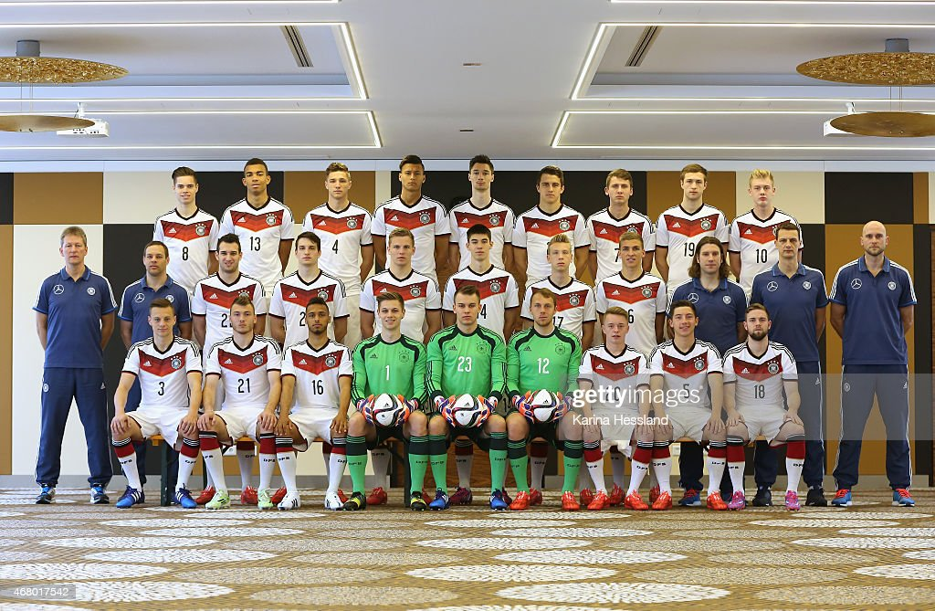 Team photo of the German national team back row from left Julian Weigl Kevin Akpoguma Niklas Stark Davie Selke Tim Kleindienst MarcOliver Kempf Paul...