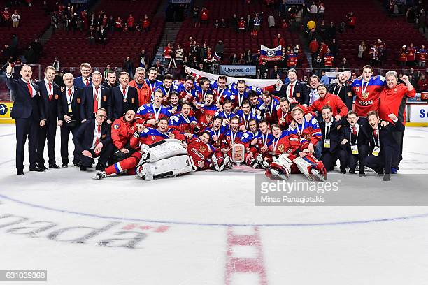 Team Russia poses for a team photo during the 2017 IIHF World Junior Championship bronze medal game against Team Sweden at the Bell Centre on January...