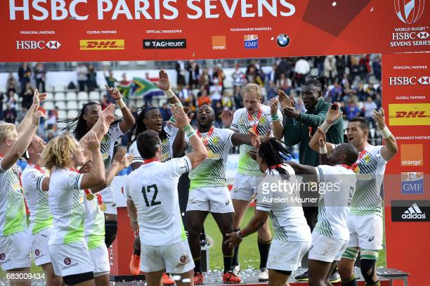 Team South Africa celebrate their victory over Scotland during the HSBC Paris sevens on May 14 2017 in Paris France