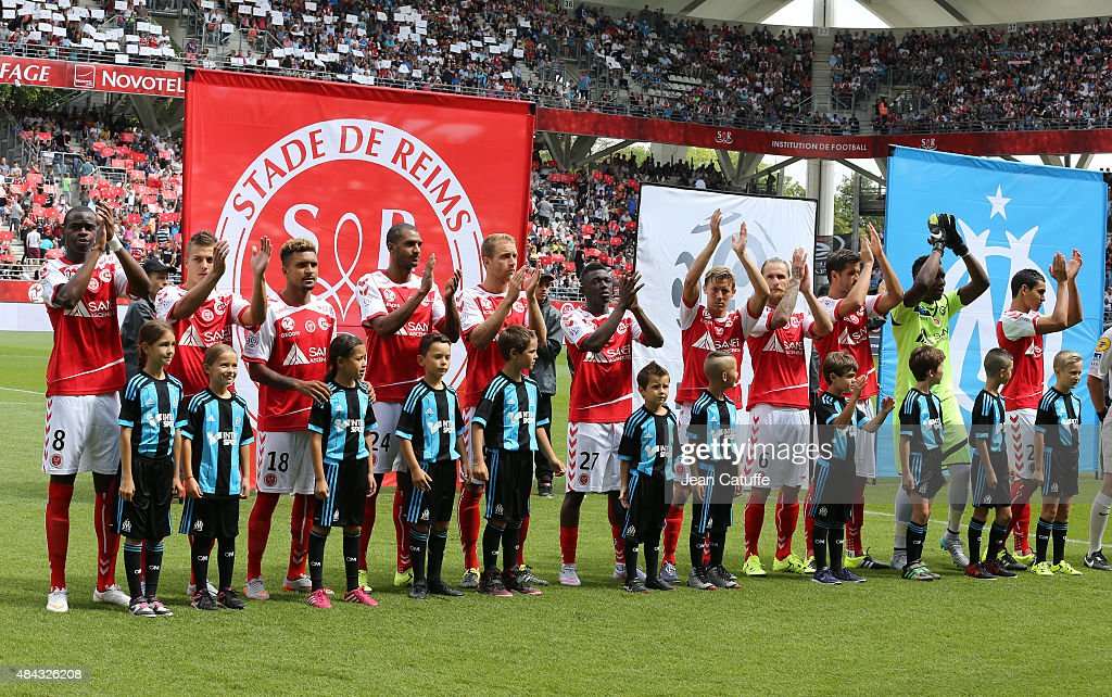 Team Stade de Reims poses before the French Ligue 1 match between Stade de Reims and Olympique de Marseille at Stade Auguste Delaune on August 16...