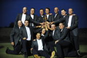 Team USA Jim Furyk Kenny Perry Phil Mickelson Captain Paul Azinger Stewart Cink Chad Campbell Steve Stricker Boo Weekley Ben Curtis Anthony Kim...