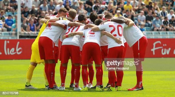 Teamcircle of Köln during the 3Liga match between FC Carl Zeiss Jena and SC Fortuna Köln at ErnstAbbeSportfeld on July 29 2017 in Jena Germany