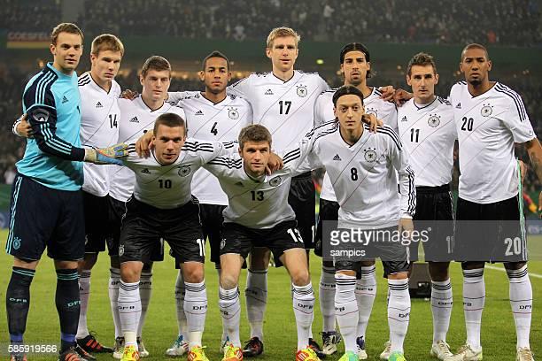 Teamfoto mit Manuel Neuer Deutschland Holger Badstuber Deutschland Toni Kroos Denis Aogo Per Mertesacker Samy Khedira Miroslav Klose Jerome Boateng...