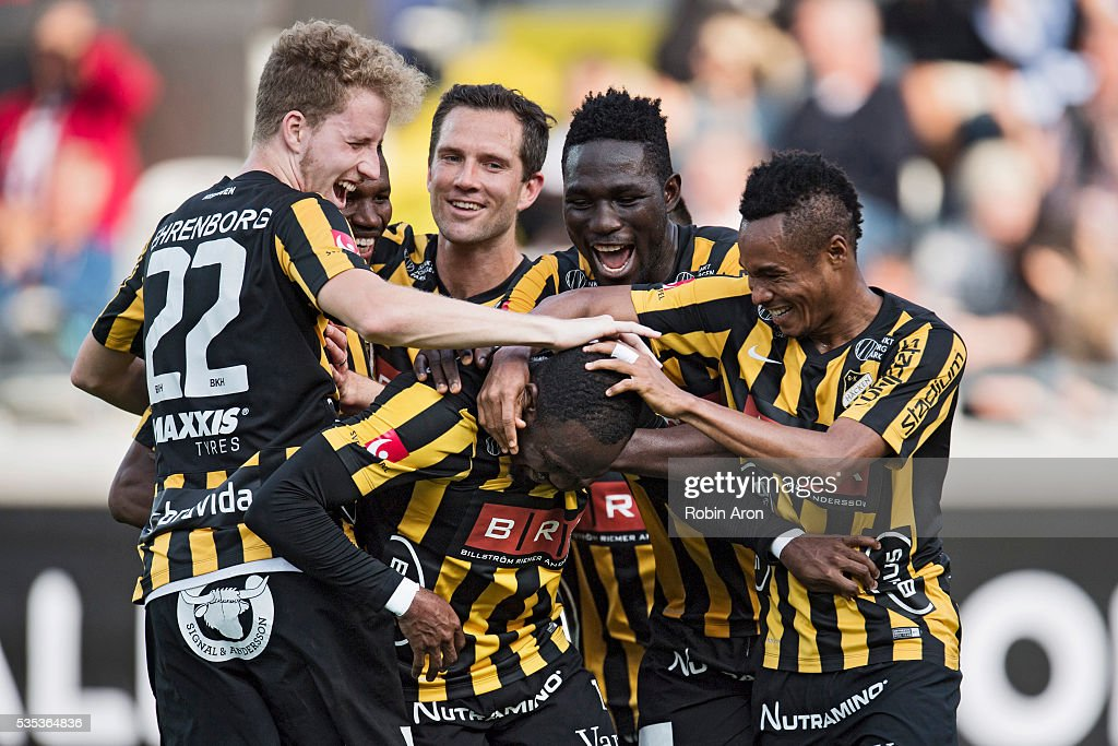 Teammates of BK Hackencelebrates after John Owoeri John scores 3-1 during the Allsvenskan match between BK Hacken and Djurgardens IF at Bravida Arena on May 29, 2016 in Gothenburg, Sweden.