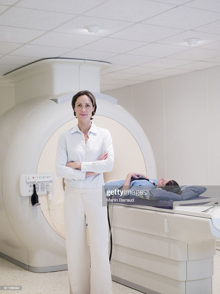 Technician and patient about to have MRI examination : Stock Photo