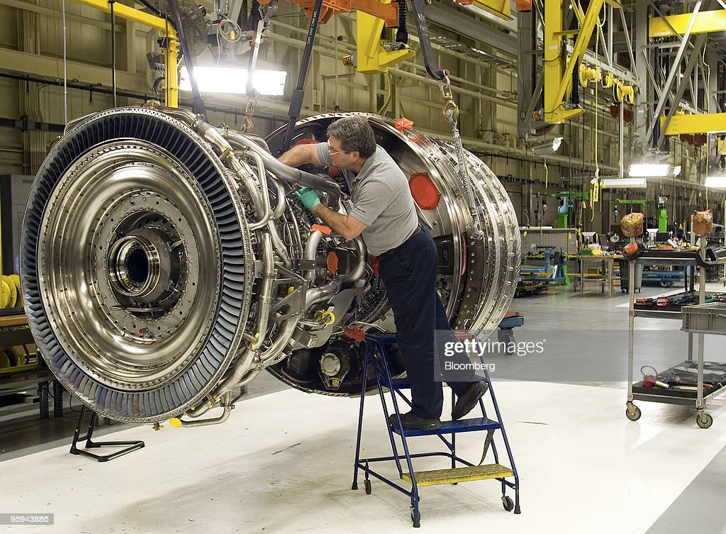 technician mike anderson assembles a general electric co gp7200 jet engine for a boeing 777 - General Electric