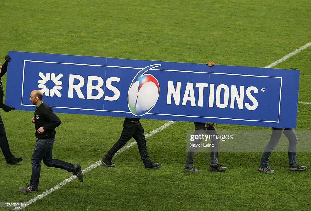 Technicians prepare the podium protocol for the victory of the team Ireland after the RBS 6 Nations match between France and Ireland at Stade de France on march 15, 2014 in Paris, France.