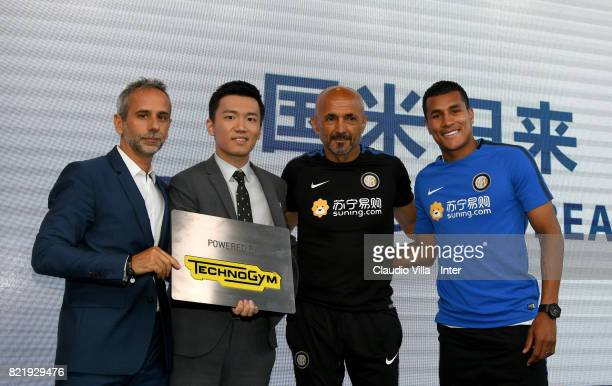 Technogym Managing Director Cristian Ferrarese FC Internazionale Milano board member Steven Zhang Kangyang Head coach FC Internazionale Luciano...