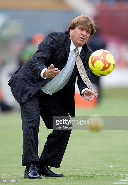 Tecos' head coach Miguel Herrera in a Mexican soccer league quarterfinals match against Pumas at the Tres de Marzo Stadium on May 13 2009 in...