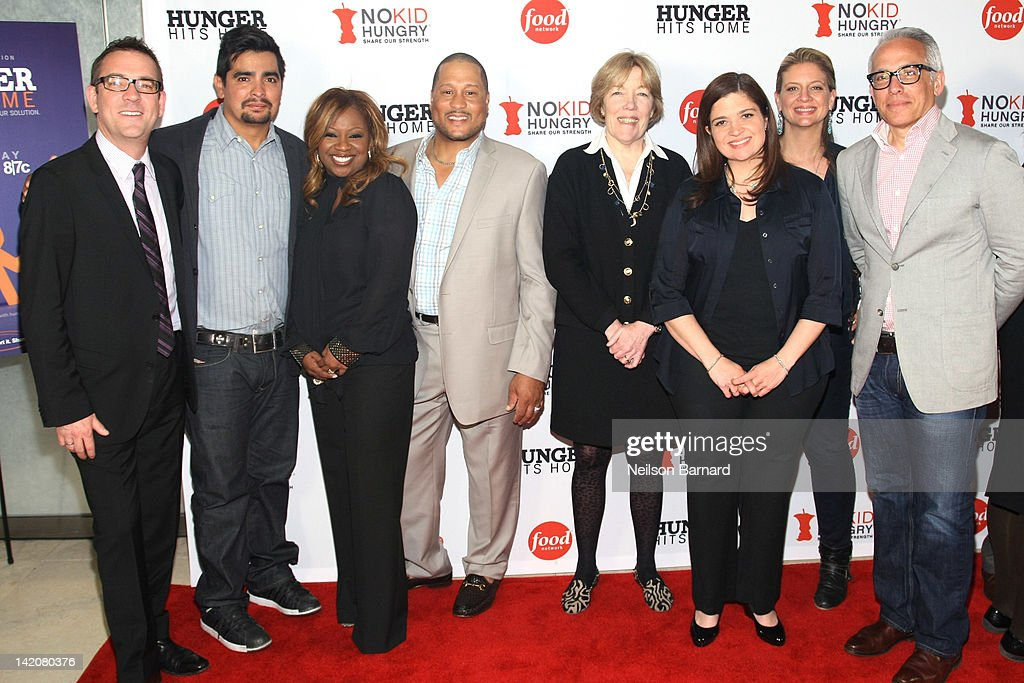 Ted Allen, Aaron Sanchez, Gina Neely, Pat Neely, Brooke Johnson, Alexandra Guarnaschelli, Amanda Freitag and Geoffrey Zakarian attend the 'Hunger Hits Home' screening at the Hearst Screening Room on March 29, 2012 in New York City.