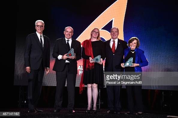 Ted Danson Pr Ove HoeghGuldberg Dr Margaret Leiden Prince Albert II of Monaco and Dr Sylvia Earle attend the 'Prince Albert II of Monaco's...
