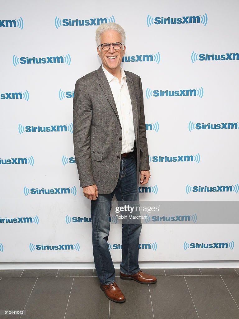 Celebrities travel just cute 2016 in focus boards sign in register - Ted Danson Visits At Siriusxm Studio On October 4 2016 In New York City