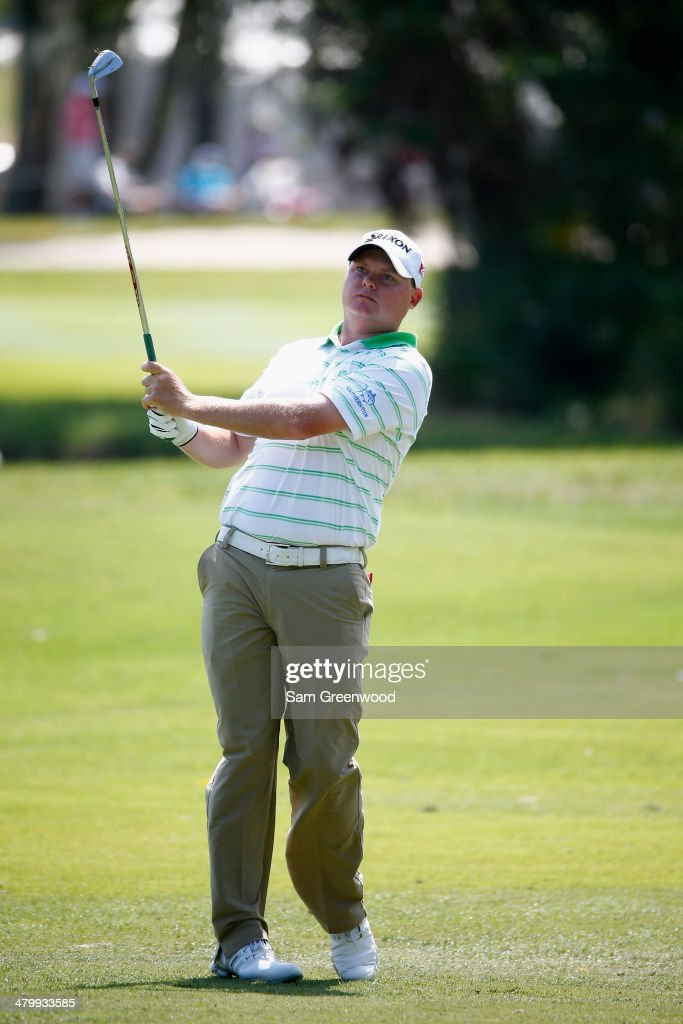 <a gi-track='captionPersonalityLinkClicked' href=/galleries/search?phrase=Ted+Potter+Jr.&family=editorial&specificpeople=5841876 ng-click='$event.stopPropagation()'>Ted Potter Jr.</a> hits a tee shot on the 2nd fareway during the second round of the Valspar Championship at Innisbrook Resort and Golf Club on March 14, 2014 in Palm Harbor, Florida.