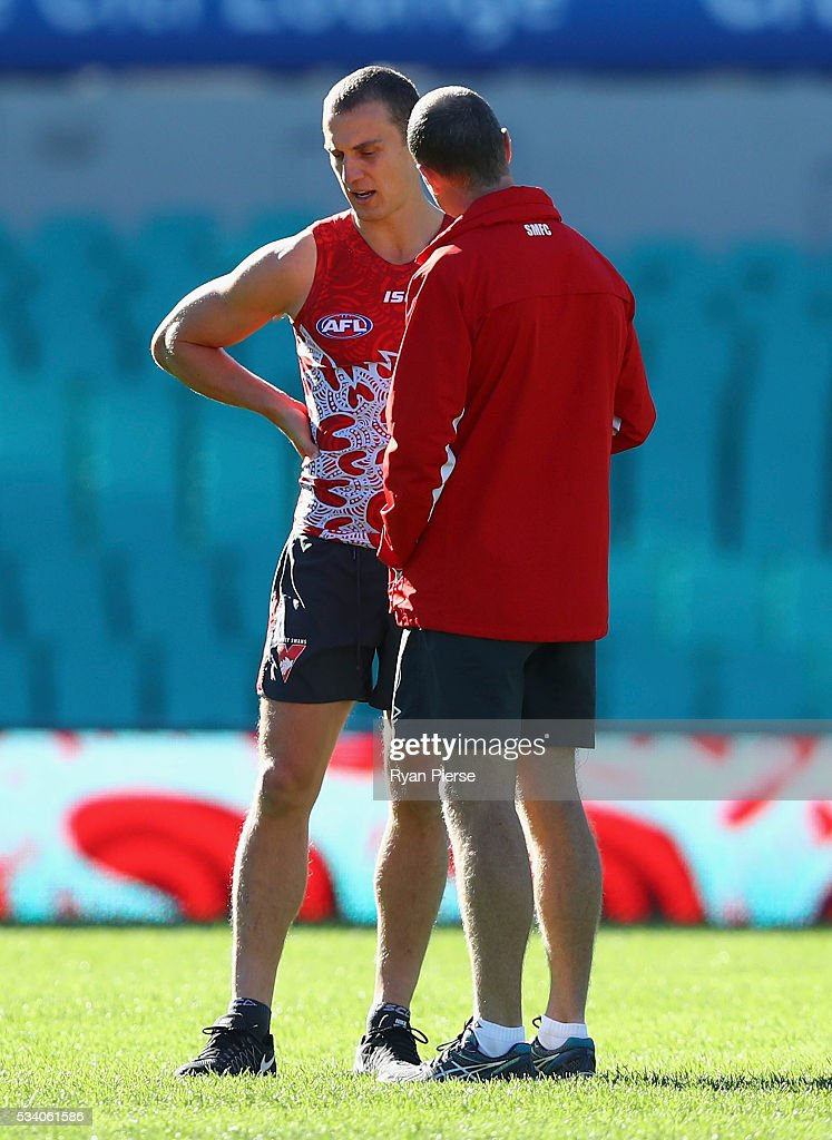 Ted Richards of the Swans looks on during a Sydney Swans AFL training session at Sydney Cricket Ground on May 25, 2016 in Sydney, Australia.