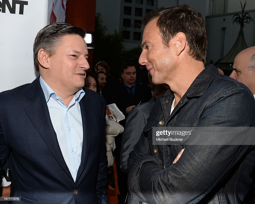 <a gi-track='captionPersonalityLinkClicked' href=/galleries/search?phrase=Ted+Sarandos&family=editorial&specificpeople=2137714 ng-click='$event.stopPropagation()'>Ted Sarandos</a>, Netflix Chief Content Officer (L) and actor <a gi-track='captionPersonalityLinkClicked' href=/galleries/search?phrase=Will+Arnett&family=editorial&specificpeople=209259 ng-click='$event.stopPropagation()'>Will Arnett</a> arrive at the Los Angeles Premiere of Season 4 of Netflix's 'Arrested Development' at the TCL Chinese Theatre on April 29, 2013 in Hollywood, California.