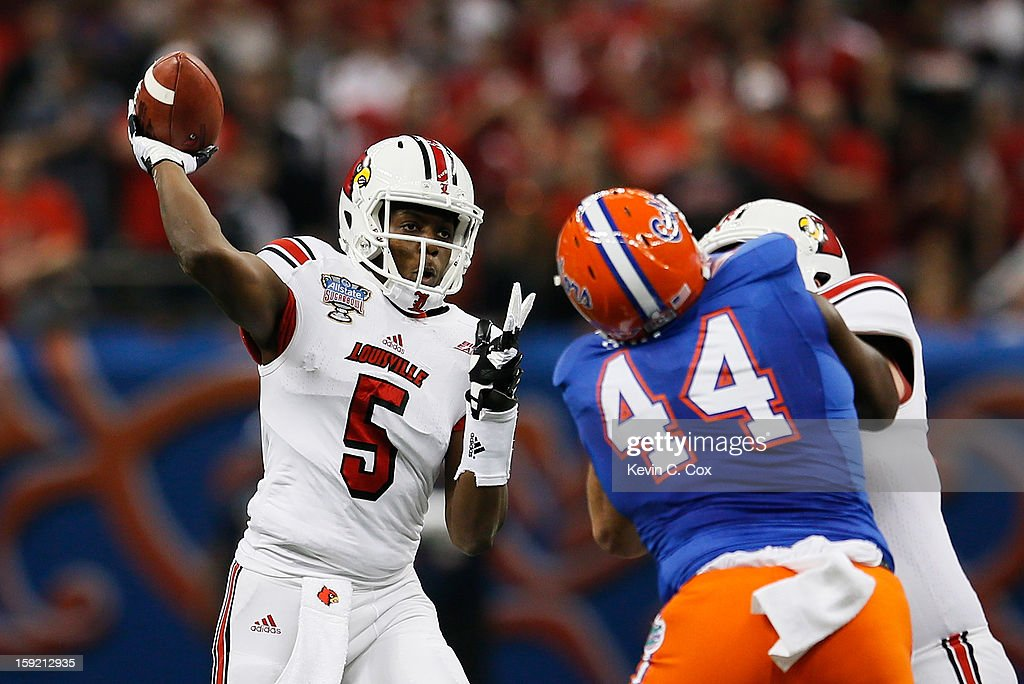 Teddy Bridgewater #5 of the Louisville Cardinals passes the ball against the Florida Gators during the Allstate Sugar Bowl at Mercedes-Benz Superdome on January 2, 2013 in New Orleans, Louisiana.