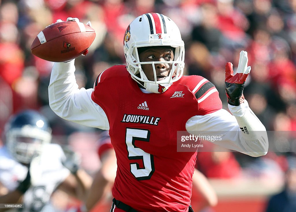 <a gi-track='captionPersonalityLinkClicked' href=/galleries/search?phrase=Teddy+Bridgewater&family=editorial&specificpeople=8281522 ng-click='$event.stopPropagation()'>Teddy Bridgewater</a> of the Louisville Cardinals throws a pass during the game against the Connecticut Huskies at Papa John's Cardinal Stadium on November 24, 2012 in Louisville, Kentucky.