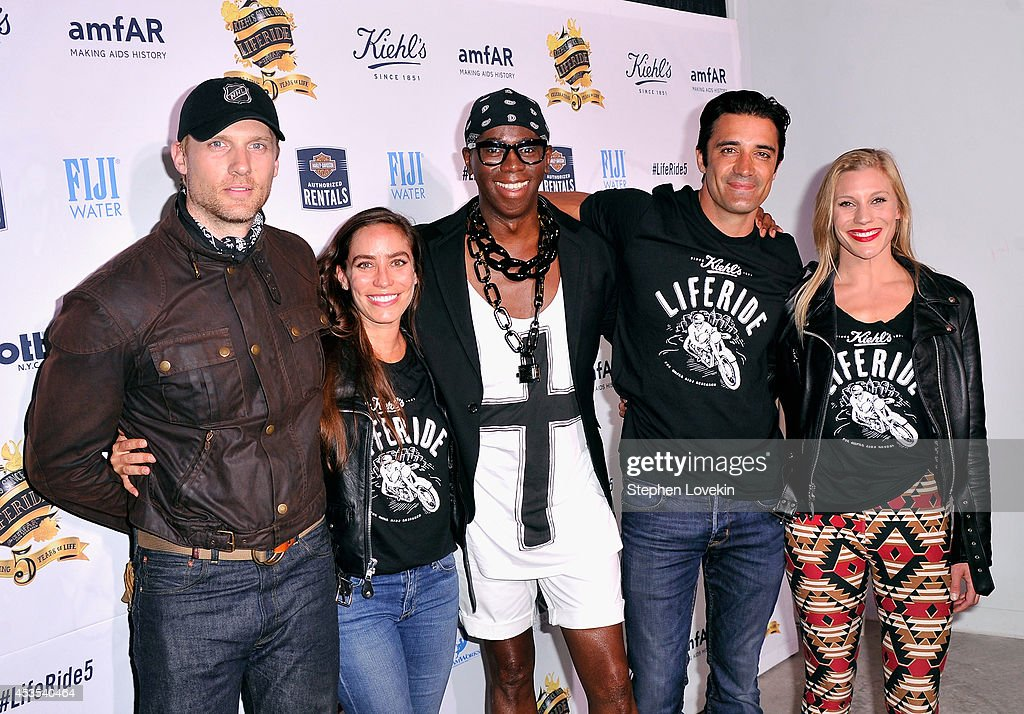 Teddy Sears, Melissa Sears, Miss J. Alexander, Gilles Marini and Katee Sackhoff attend Kiehl's LifeRide for amfAR co-hosted by FIJI Water on August 12, 2014 in New York City.