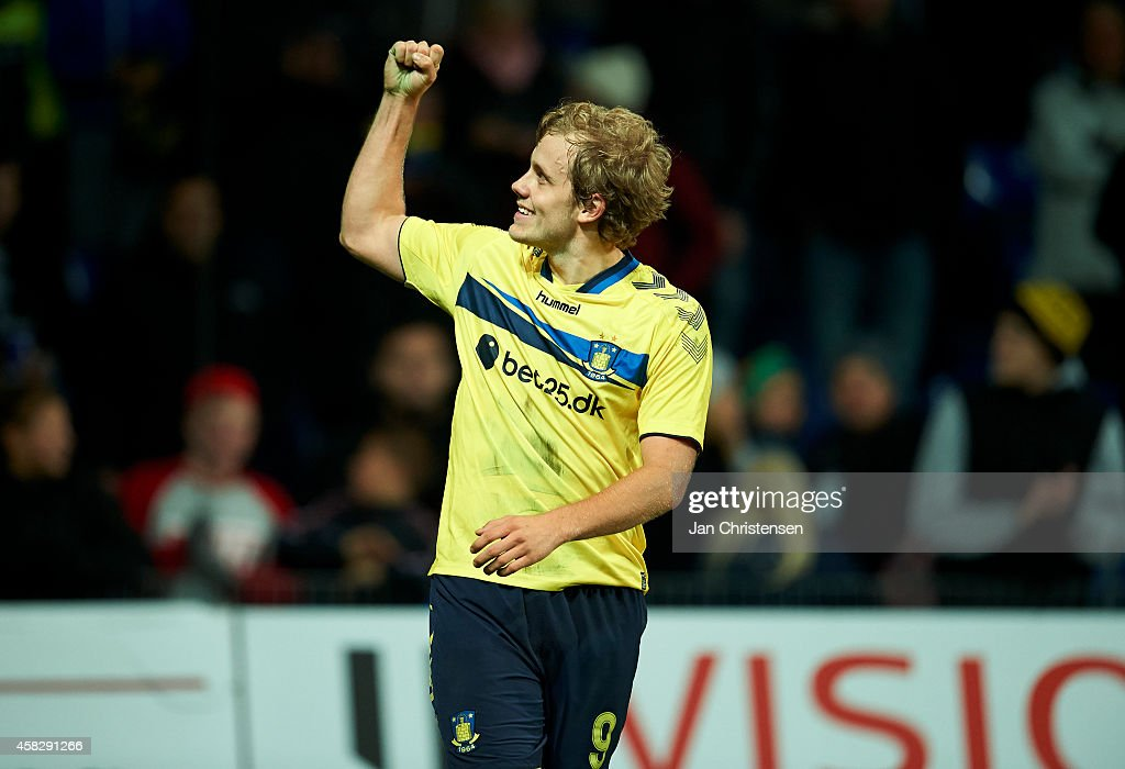 <a gi-track='captionPersonalityLinkClicked' href=/galleries/search?phrase=Teemu+Pukki&family=editorial&specificpeople=8055578 ng-click='$event.stopPropagation()'>Teemu Pukki</a> of Brondby IF celebrate after his 1-0 goal during the Danish Superliga match between Brondby IF and Randers FC at Brondby Stadion on November 02, 2014 in Brondby, Denmark.
