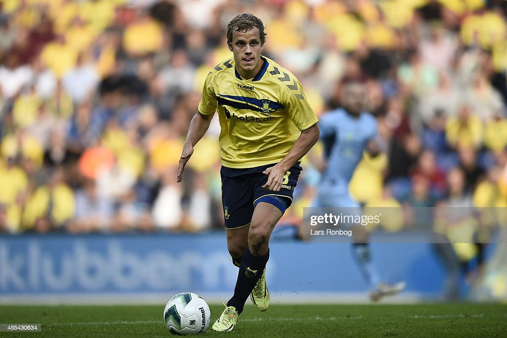 <a gi-track='captionPersonalityLinkClicked' href=/galleries/search?phrase=Teemu+Pukki&family=editorial&specificpeople=8055578 ng-click='$event.stopPropagation()'>Teemu Pukki</a> of Brondby IF controls the ball during the Danish Superliga match between Brondby IF and Randers FC at Brondby Stadion on September 14, 2014 in Brondby, Denmark.