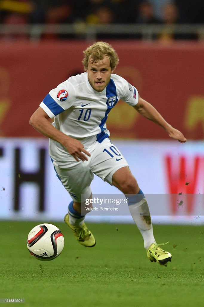 <a gi-track='captionPersonalityLinkClicked' href=/galleries/search?phrase=Teemu+Pukki&family=editorial&specificpeople=8055578 ng-click='$event.stopPropagation()'>Teemu Pukki</a> of Finland in action during the UEFA EURO 2016 Qualifier between Romania and Finland on October 8, 2015 in Bucharest, Romania.