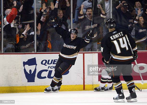 Teemu Selanne of the Anaheim Ducks celebrates his goal in the second period against the Minnesota Wild during the 2007 Western Conference...