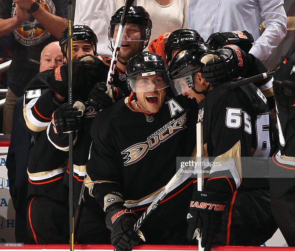 Teemu Selanne #8 of the Anaheim Ducks celebrates with teammates after the Ducks tied the game 4-4 in the third period against the Detroit Red Wings in Game Two of the Western Conference Quarterfinals during the 2013 NHL Stanley Cup Playoffs at Honda Center on May 2, 2013 in Anaheim, California.