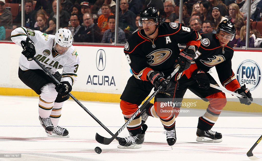 Teemu Selanne #8 of the Anaheim Ducks handles the puck during the game against the Dallas Stars on April 5, 2013 at Honda Center in Anaheim, California.
