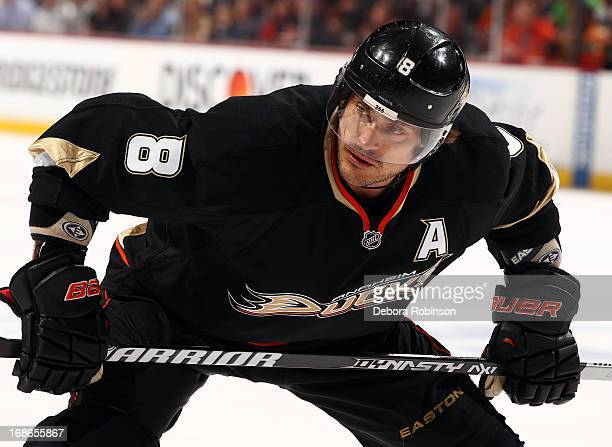 Teemu Selanne of the Anaheim Ducks looks on during the game against the Detroit Red Wings in Game Five of the Western Conference Quarterfinals during...
