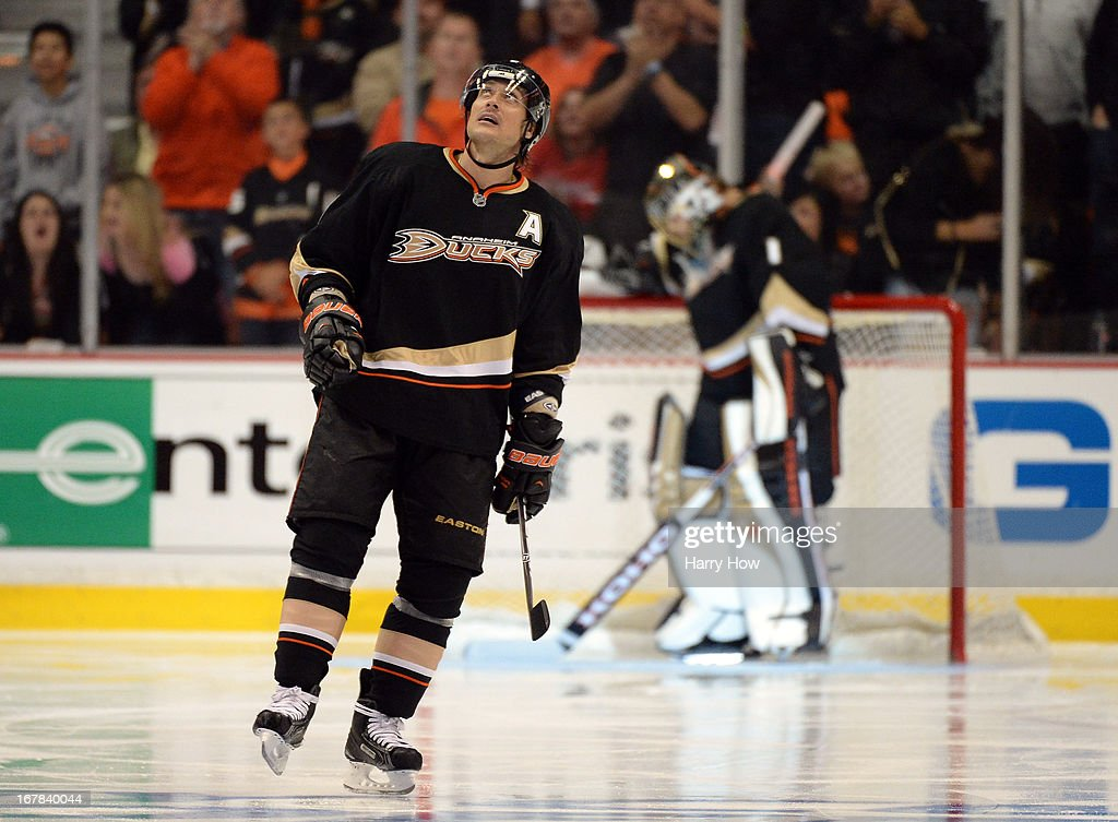 Teemu Selanne #8 of the Anaheim Ducks looks up at the clock after his goal to take a 2-1 lead over the Detroit Red Wings in Game One of the Western Conference Quarterfinals during the 2013 Stanley Cup Playoffs at Honda Center on April 30, 2013 in Anaheim, California.