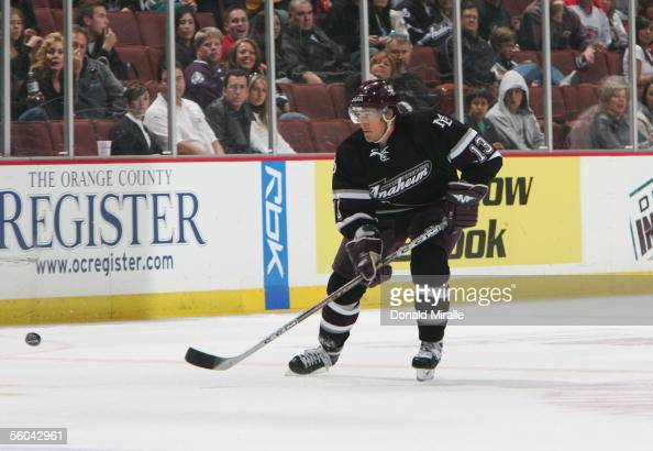 Teemu Selanne of the Anaheim Ducks passes the puck against the Phoenix Coyotes during their NHL game on October 23 2005 at Arrowhead Pond in Anaheim...