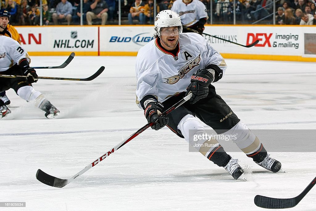 Teemu Selanne #8 of the Anaheim Ducks plays against the Nashville Predators at Bridgestone Arena on February 16, 2013 in Nashville, Tennessee.
