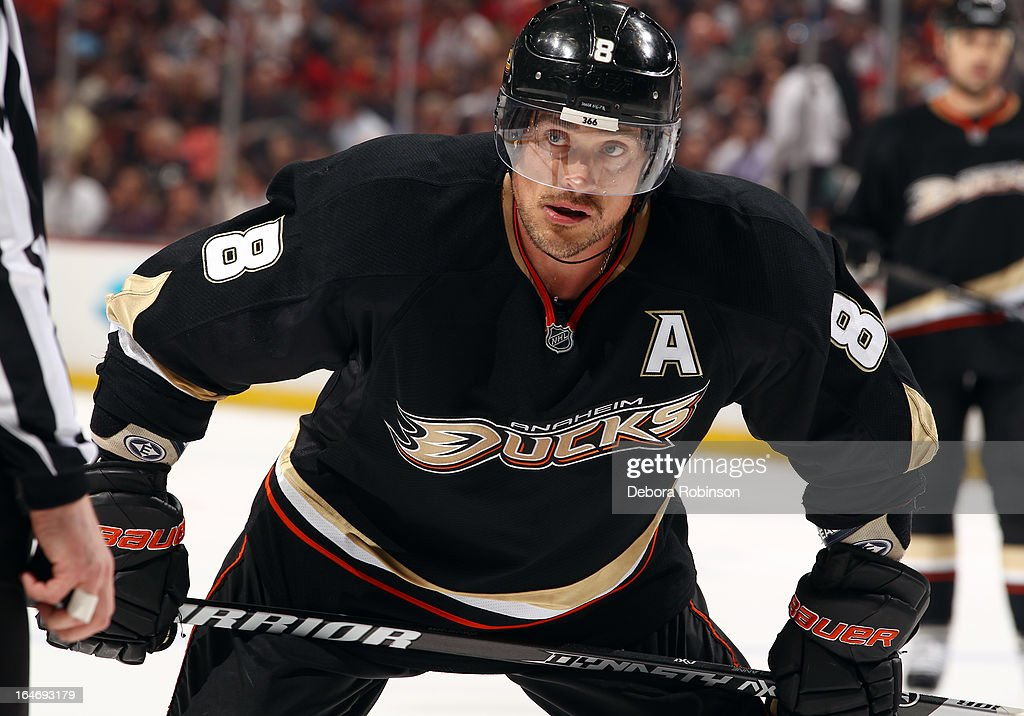 Teemu Selanne #8 of the Anaheim Ducks prepares to face off during the game against the Chicago Blackhawks on March 20, 2013 at Honda Center in Anaheim, California.