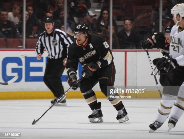 Teemu Selanne of the Anaheim Ducks skates in his 1300th NHL career game against the Dallas Stars at the Honda Center on January 10 2012 in Anaheim...
