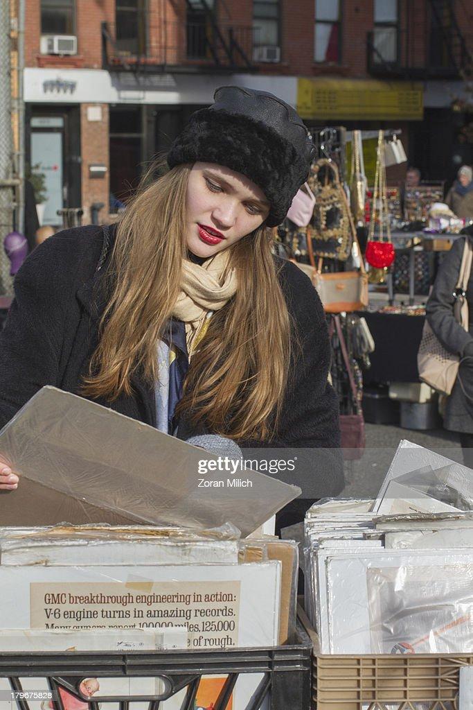 Teen in New York City : Stock Photo