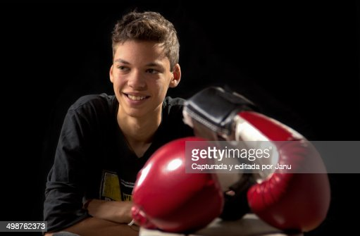 Shiv Naresh Teens Boxing Gloves 12oz: Teen With Boxing Gloves Stock Photo
