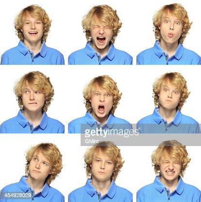 Jeune garçon avec des cheveux blonds bouclés expression collection sur blanc