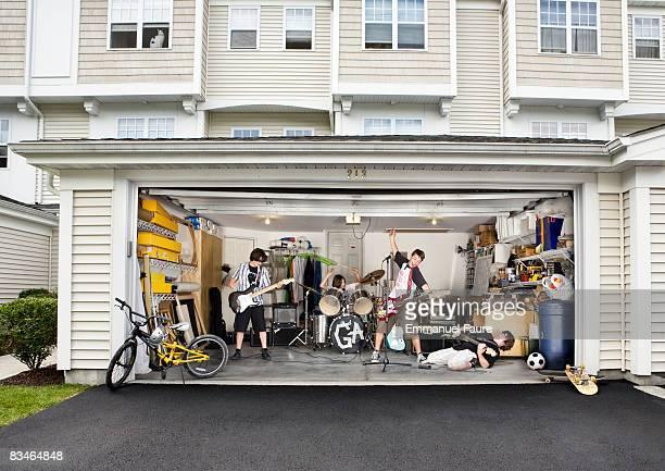 Teenage garage band